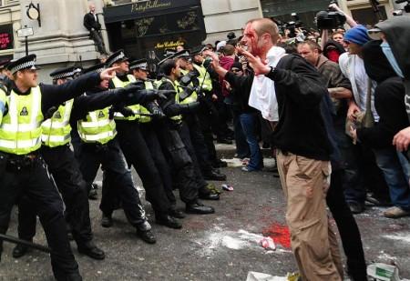 london-riot-police